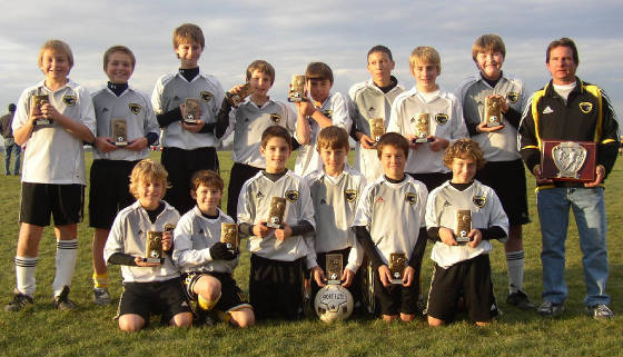 u13eagles_boys_fall06.jpg