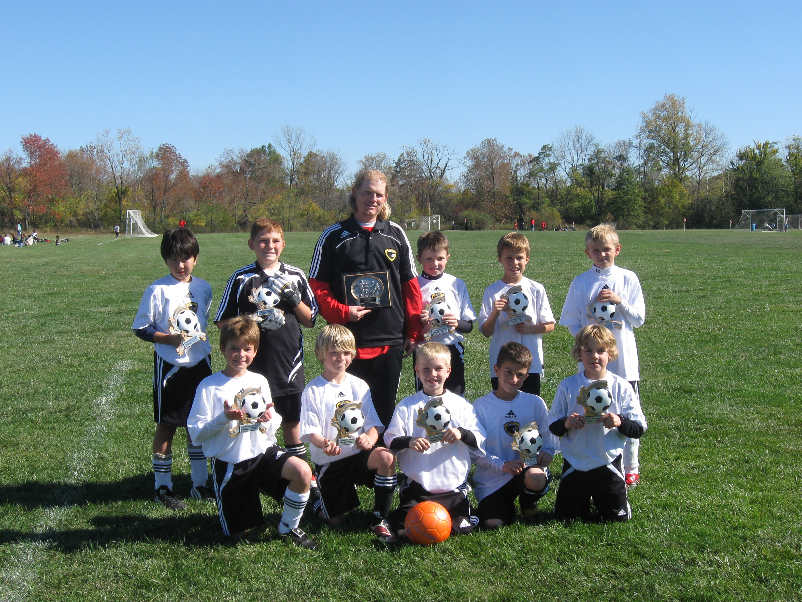 u10_boys_white_fall08.jpg